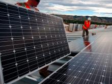 80 instaladores de placas solares