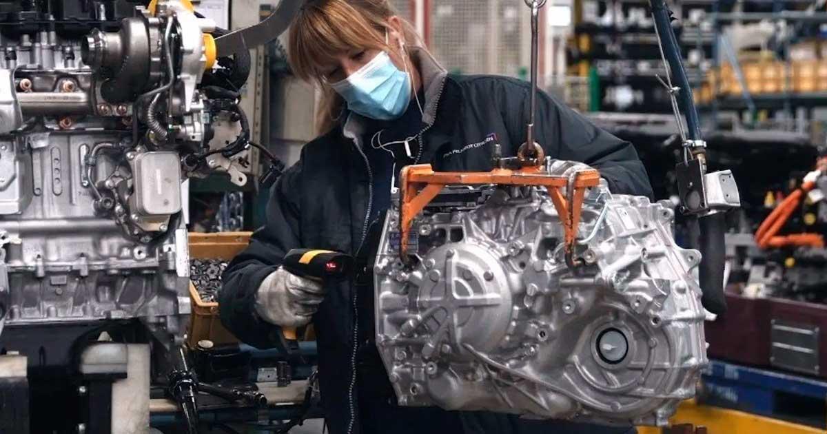 Fábrica Industrial en Madrid Busca 30 personas para trabajar en Cadena de Producción y Montaje