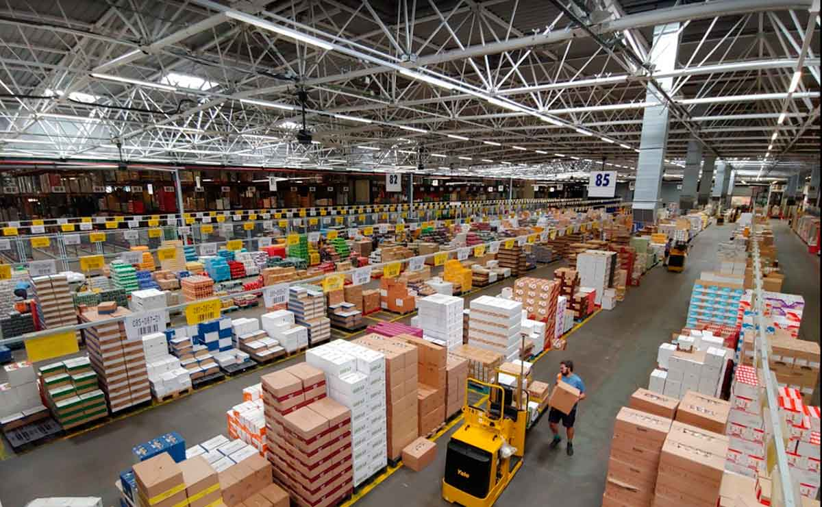 Empleo centro logístico en Paterna